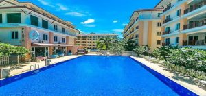 First floor unit Condo in Nai Harn for sale. Offering Apartments for sale and re-sale in a secure community on Phuket for expats, retirees and families. - 1