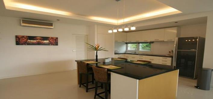 Spacious sea view Condo in Kamala for sale. Offering Apartments for sale and re-sale in a secure community on Phuket for expats, retirees and families. - 5