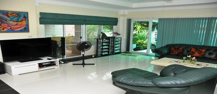 4 bedroom Family house in for sale Cherng Talay