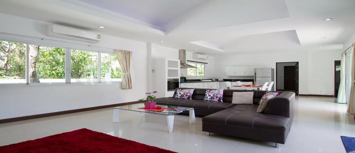 4 bedroom Thai-Balinese Villa for sale Chalong