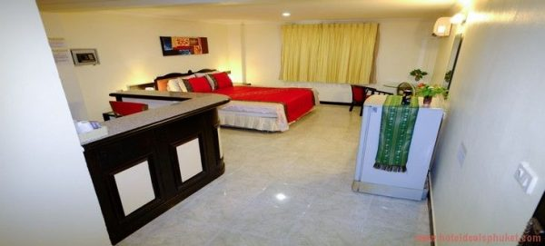 16 room Guesthouse Sale Patong
