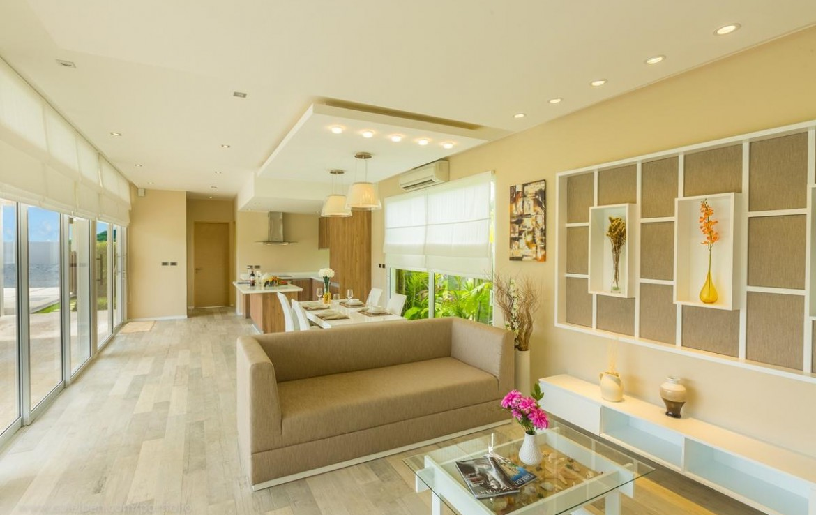 This 3 bedroom / 3 bathroom Villa for sale is located in Nai Harn on Phuket
